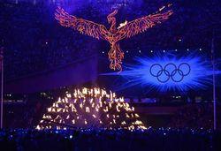 La-flamme-olympique-s-eteint-mais-renaitra